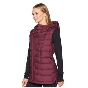 d4e42eef8d04 The North Face Jackets   Coats - New The North Face Women s Niche Vest  Hooded Down